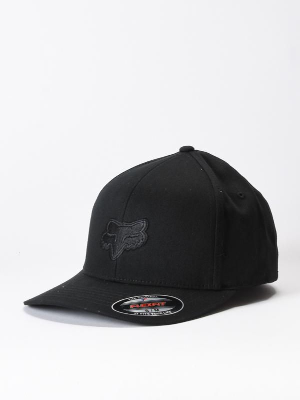Fox Kšiltovka Legacy flexfit Black/black - S-m černá